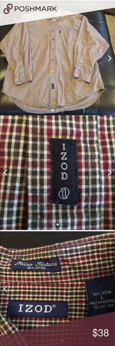⚓️SALE⚓️ IZOD men's button down shirt Has been worn but is still in good condition. It is green and red plaid. Izod Shirts Casual Button Down Shirts