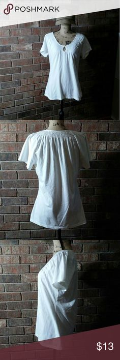 White blouse Soft and stretchy thick cotton blouse. Excellent condition. Merona Tops Blouses
