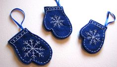 Blue Snowflake Pattern Felt Mittens  Christmas by FudgeandPoppy, £5.00