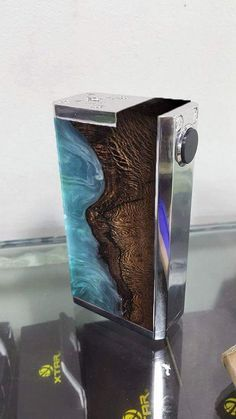 Stab wood SOB Mod Singularity vapes provide smooth vaping liquids at budget prices
