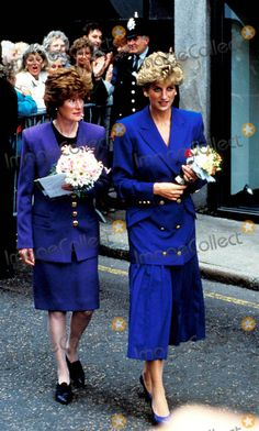 Nottingham: Princess Diana and Lady Sarah Maaorquodale (Her sister) Photo by: Dave Chancellor-alpha-Globe Photos Inc