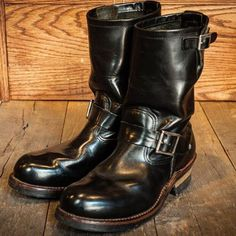Vintage Denim, Vintage Leather, Cool Boots, Man Boots, Fashion Boots, Mens Fashion, Riders Jacket, Engineer Boots, Leather Jacket Outfits