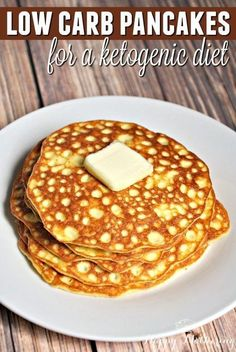Are you trying a low carb or ketogenic diet to lose weight or improve your health? These low carb pancakes are super easy to make and adhere to a keto diet. #atkinsdietplan