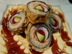 Atami Sushi: Reconnu pour leur sushi & tempura. / Known for their sushi & tempura.