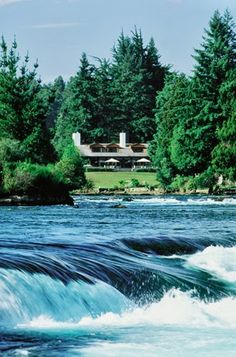 One of NZ's beautiful places, Huka Lodge, has recently won Favourite Overseas Holiday Hotel in Australasia and the Pacific as voted in the UK's Condé Nast Traveller Readers' Travel Awards 2013. Well done Huka - that's a great achievement! http://www.newzealandfishinglodges.co.nz/huka-lodge/