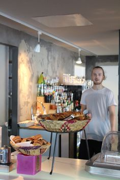 Sandro: food, drinks and cool people in Kallio. Breakfast is served all day.    http://www.sandro.fi/