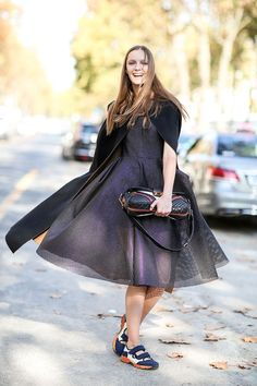 80 French Style Lessons To Learn Now #refinery29  http://www.refinery29.com/2014/10/75565/paris-street-style-photos-fashion-week-2014#slide-8  Do: Twirl when necessary.