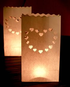 Tealights sachet for the Friday by the Olive Grove, can be plain or heart shaped punched. 40 of these would look good.