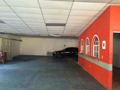 Se Alquila local para negocio en la Colonia Hirleman, espacio abierto para poder realizar modificaciones, area de oficina, dos baños. Precio de Alquiler $ 350 para mayor informacion Evelyn A...