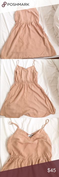 🌟SALE🌟 Suncoo Paris pale pink dress sz M Suncoo Paris pale pink dress size medium which should fit Us size 8 (European size 2, out of sizes 1,2,3) . Bought in Paris and worn twice. Machine washable. Waist has elastic band. Still tons of wear left and perfect for spring and summer! suncoo Dresses Mini