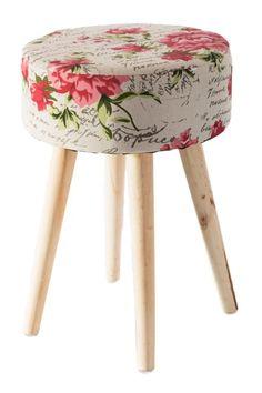 Květovaná taburetka do obýváku