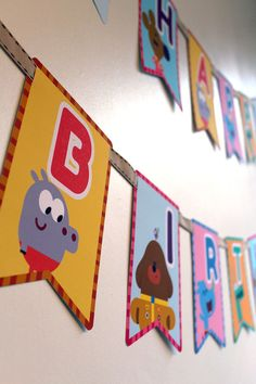 Hey Duggee Happy Birthday Flag banner by CSRdiseno on Etsy Birthday Flags, 4th Birthday Parties, Baby Birthday, Birthday Ideas, Puppy Party, Flag Banners, First Birthdays, Party Time, Fiesta Party