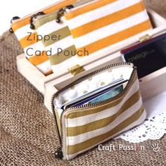 Zipper Card Pouch - craft passion - gusset means not getting cards stuck in there! Sewing Hacks, Sewing Tutorials, Sewing Crafts, Sewing Projects, Sewing Ideas, Bag Tutorials, Diy Crafts, Sewing Diy, Easy Projects