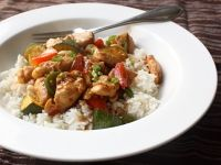 Spicy Peanut Chicken Stir-Fry