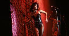 Denise Matthews, Pop Singer Known as Vanity, Dies at 57 #Entertainment_ #iNewsPhoto