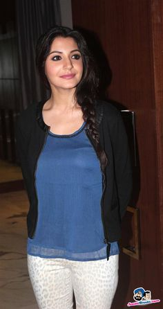 Some Lesser Known Facts About Anushka Sharma Does Anushka Sharma smoke?: No Does Anushka Sharma drink alcohol?: Yes Anushka Sharma Drinking Alcohol Anushka Indian Bollywood Actress, Bollywood Actress Hot Photos, Beautiful Bollywood Actress, Most Beautiful Indian Actress, Bollywood Actors, Bollywood Celebrities, Bollywood Fashion, Indian Actresses, Beautiful Actresses