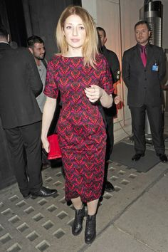 Nicola Roberts Photos - Girls Aloud singer Nicola Roberts seen leaving Hakkasan Restaurant in Mayfair at midnight after dining with fashion designer Henry Holland. The pair then went onto The Groucho Club in Soho, London. - Girls Aloud singer Nicola Roberts seen leaving Hakkasan Restaurant in Mayfair at midnight after dining with fashion designer Henry Holland. The pair then went onto The Groucho Club in Soho, London