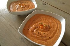 PORRA – Spanische Tomatensuppe Malaga, Hummus, Peanut Butter, Ethnic Recipes, Food, Few Ingredients, Spanish, Easy Meals, Food Food