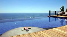 Top 20 Mesmerizing Hotel Pools from around the World