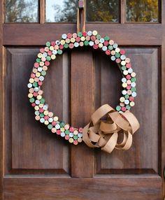 cork-wreath-beauty