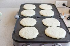 How to Freeze and Reheat Pancakes Freeze Pancakes, How To Make Pancakes, Fluffy Pancakes, Buttermilk Pancakes, Breakfast Pancakes, Make Ahead Breakfast, Making Pancakes, School Breakfast, Types Of Pancakes