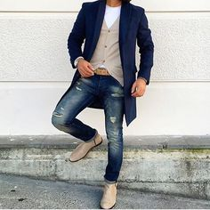 Tag a friend who should follow us for inspiration! www.styleiswhat.com #styleiswhat @melik_kam