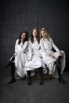 Picnic At Hanging Rock Edwardian Costumes, Edwardian Era, Victorian Style Clothing, Victorian Gothic, Agnes Grey, Picnic At Hanging Rock, Tutu Costumes, Look Cool, Pretty Dresses