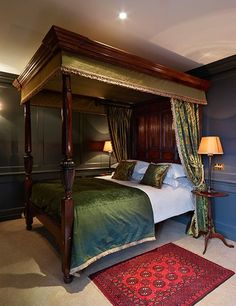 Batty Langley's, a boutique hotel in London Boutique Hotels London, London Hotels, A Boutique, Quirky Places To Stay, Small Places, Monochromatic Room, Small Luxury Hotels, Dreams Beds, Architectural Digest
