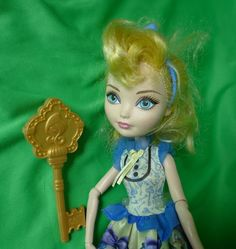Mattel Toys Dolls Ever After High DOLL with Accessories Blondie Lockes #Mattel Black Spider, Ever After High, Monster High Dolls, Blondies, Doll Toys, Kids Toys, Disney Princess, Games, Disney Characters
