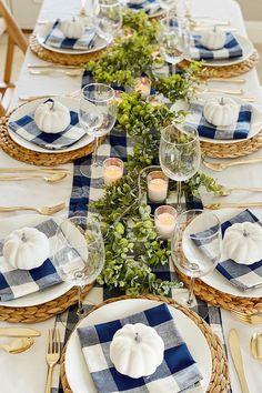 Thanksgiving Table Settings, Thanksgiving Decorations, Thanksgiving 2020, Thanksgiving Flowers, Christmas Decorations, Deco Table, Decoration Table, Fall Decor, Diys