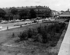 Pontalba Plaza, 1955. The name applied to the area between Decatur Street and the floodwall, across from Jackson Square. Photograph by Geer Studio.