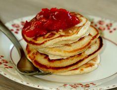 Lækre, gyldne pandekager hører til en rigtig brunch, men de tykke amerikanske pandekager vækker også glæde som morgenmad på en hvilken som helst dag.