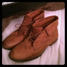 Steve Madden leather booties Steve Madden Stingrei cognac leather fold-over ankle boots. Size 9. Minimal use, and still in great shape. Steve Madden Shoes Ankle Boots & Booties