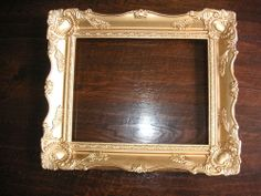 BEAUTIFUL ORNATELY DECORATIVE GILT PICTURE FRAME IN GREAT CONDITION