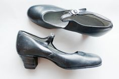 vintage 1920s heels // 20s black mary jane shoes // by TrunkofDresses
