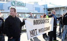 Yli puolet suomalaisista haluaisi rajoittaa turvapaikanhakijoiden pääsyä maahan, selviää Iltalehden teettämästä kyselytutkimuksesta.
