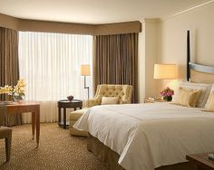 Four Seasons Hotel Houston offers over 400 luxury guest rooms, suites and specialty suites in the heart of Houston's central business district. Suite Room Hotel, Hotel Suites, Houston Hotels, Houston Tx, Luxury Table Lamps, Hotel Services, Four Seasons Hotel, Beautiful Hotels, Luxury Furniture