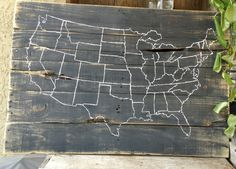 Pallet Art Map of United States US by RescuedandRepurposed on Etsy Pallet Crafts, Pallet Art, Pallet Signs, Dyi Signs, Wooden Diy, Wooden Signs, Homemade Crafts, Diy Crafts, United States Map