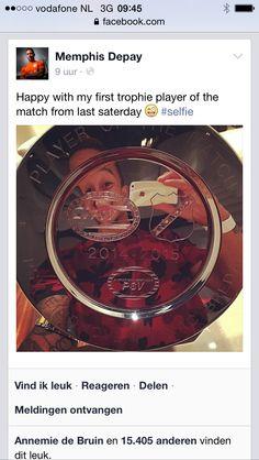 Player of the Match Award PSV Eindhoven-NAC Breda. Winnaar Mphis Depay. Geproduceerd @ Allers Sportprijzen