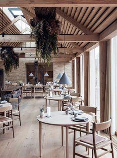 Another Peek Inside Restaurant Noma in Copenhagen - Nordic Design Cafe Restaurant, Restaurant Lighting, Restaurant Ideas, Hotel Copenhagen, Copenhagen Denmark, Denmark Europe, Bar Design Awards, Private Dining Room, Restaurant Interior Design
