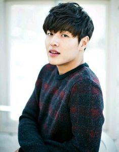 Its lovely Korean actor Kang Ha Neul 😚😙😘 Korean Star, Korean Men, Asian Actors, Korean Actors, Jun Matsumoto, Korean Tv Series, Kang Haneul, Park Hyung, Song Joong