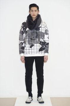 Miharayasuhiro presented its Fall/Winter 2014 collection during Paris Fashion Week. Live Fashion, Fashion Brand, Fashion Show, Fashion Outfits, Fashion Design, Men's Fashion, Paris Fashion, Street Fashion, Mens Fashion Week