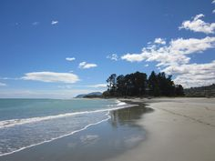 Nelson NZ. Beautiful Tahunanui Beach