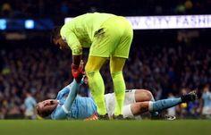 Everton keeper Joel Robles apologises to Man Citys KDB on Twitter