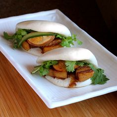 Food Endeavours of the Blue Apocalypse: Vietnamese braised pork belly and hard boiled eggs in coconut juice (Thit Heo Kho Trung). Momofuku inspired steamed pork buns