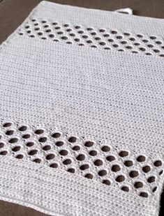 Halager: DIY - New crocheted towels Crochet Towel, Crochet Potholders, Baby Blanket Crochet, Crochet Baby, Knit Crochet, Baby Knitting Patterns, Crochet Patterns, Crochet Kitchen, Crochet Instructions