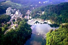 "VIDEO Staţiunea din România care face furori printre turişti: ""E mai frumos ca-n Croaţia"" Sovata The Beautiful Country, Beautiful Places, Wellness Spa, Tourist Places, Wonders Of The World, Scenery, Places To Visit, Relax, River"