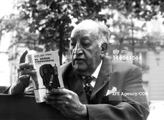 Miguel Angel Asturias, reads his book El señor Presidente on October 19, 1967 in Paris, France. Asturias received the Literature Nobel Prize in 1967. (Photo by EFE/LatinContent/Getty Images)