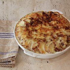 Caramelized Onions and Potatoes au Gratin