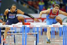 Pascal Martinot-Lagarde, médaillé de bronze au 110 m haies, tombe de haut.